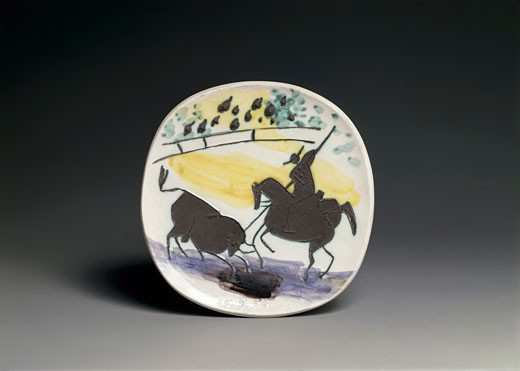 The Bull's Battle by Pablo Picasso, painted ceramic, 1881-1973 : Stock Photo