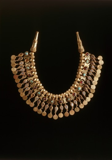 Stock Photo: 1009-6380 Bactrian Gold: Necklace of Pendants