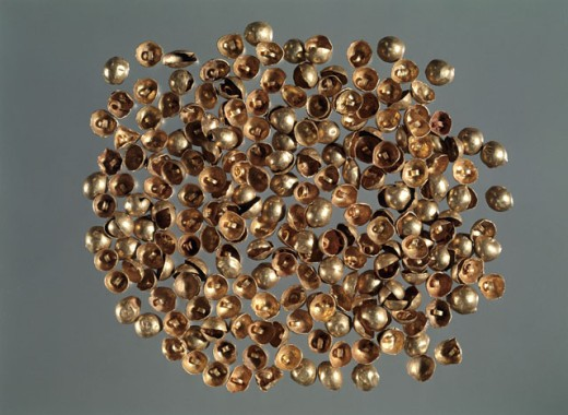 Stock Photo: 1009-6381 Bactrian Gold: Semispherical Plaquettes