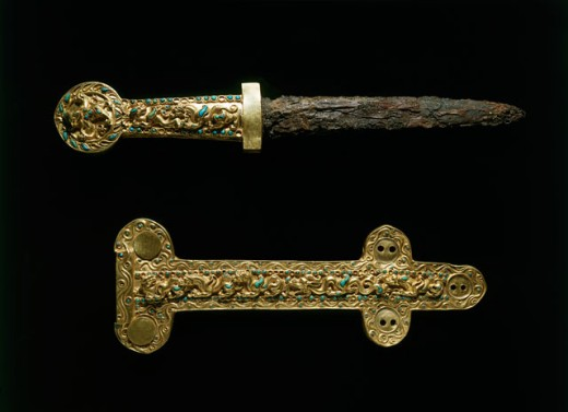 Stock Photo: 1009-6386 Bactrian Gold: Dagger & Sheath