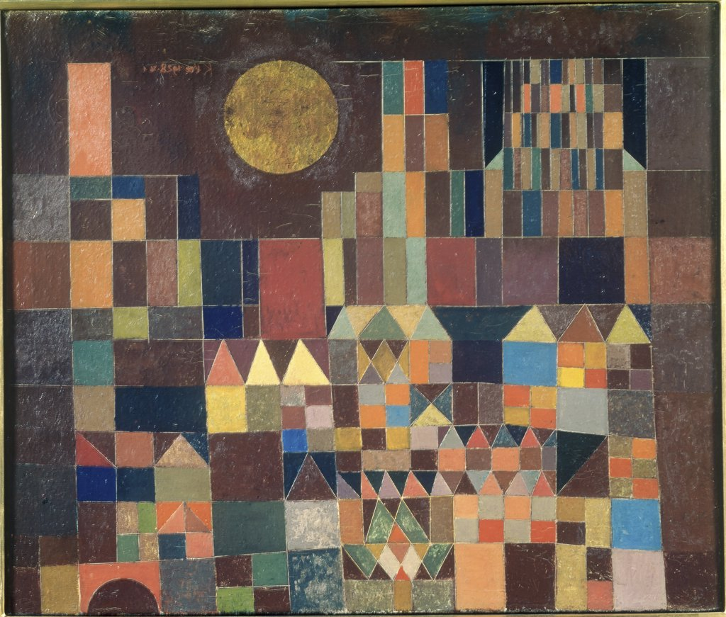 Stock Photo: 1030-1778 Castle and Sun 