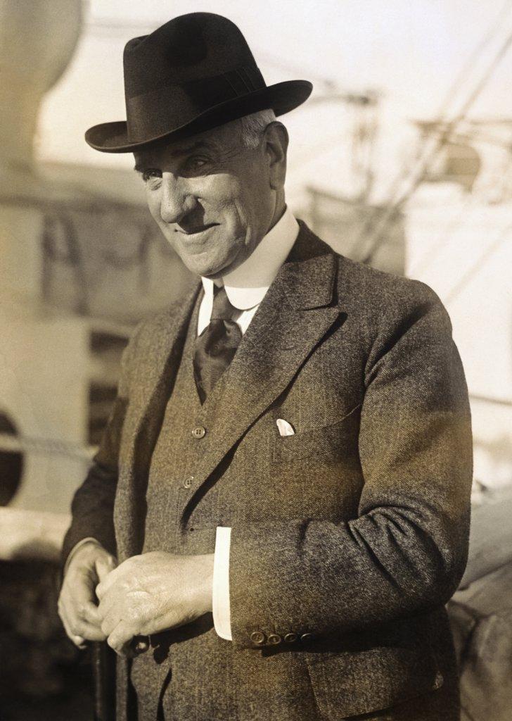 Stock Photo: 1035-1056 Solomon R. Guggenheim 