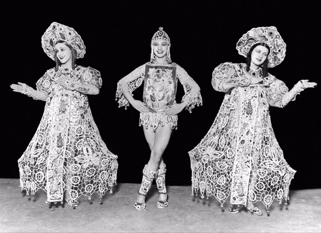 Stock Photo: 1035-11787 Berlin, Germany:  c. 1927. Three members of the Russian Claudia Ballet as they perform in Berlin.