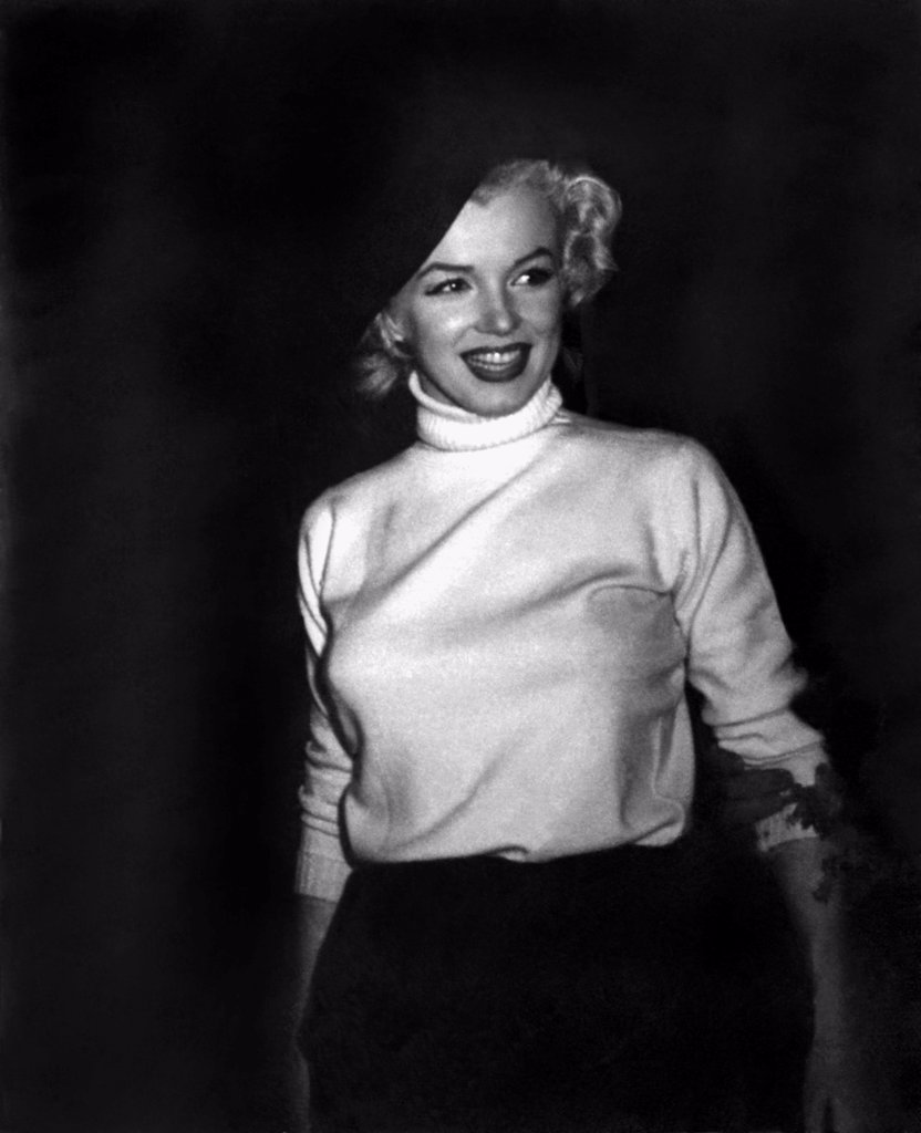 Stock Photo: 1035-12577 Korea: February, 1954. Marilyn Monroe visits the troops in Korea, entertaining over 100,000 soldiers in 10 different locations.