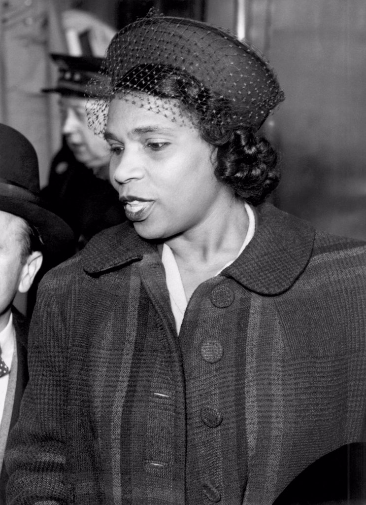 Paris, France:   March 5, 1949 Opera contralto Marian Anderson as she arrives in Paris after crossing on the H.M.S. Queen Elizabeth. : Stock Photo