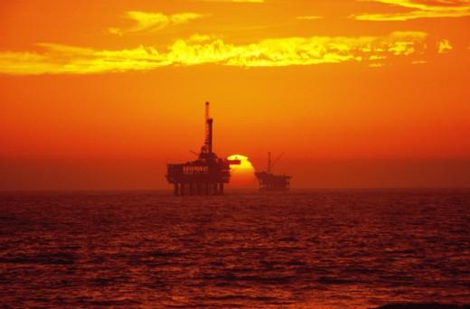 Stock Photo: 104-607 Offshore Oil Rig Huntington Beach California USA
