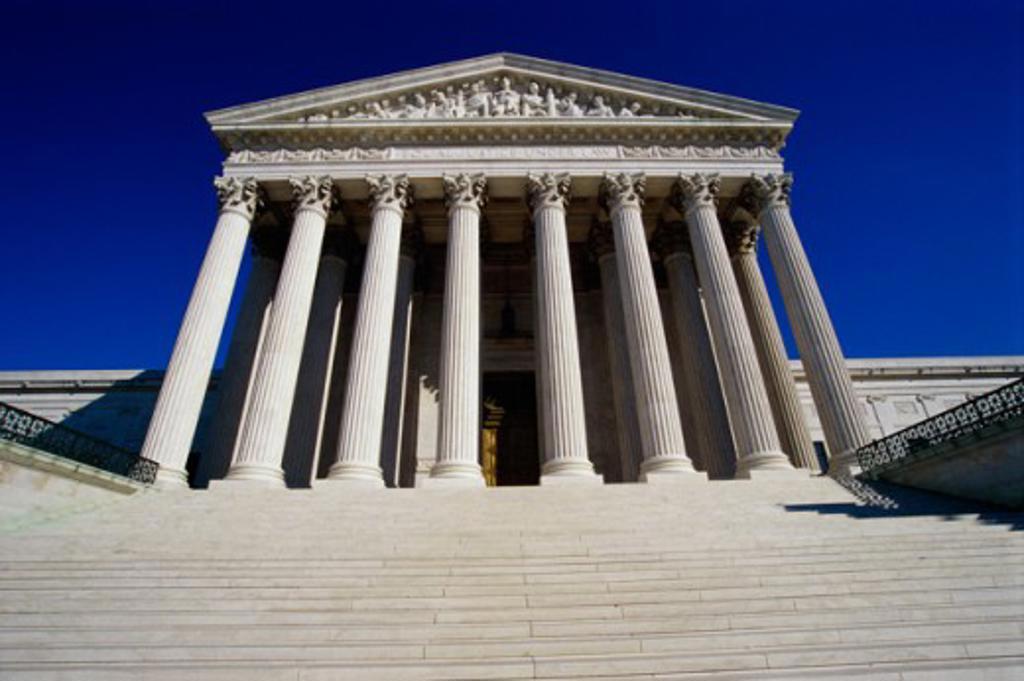 Stock Photo: 105-2430 U.S. Supreme Court Washington, D.C. USA