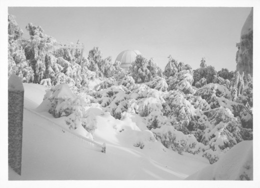 Stock Photo: 1060-1170 60-INCH TELESCOPE DOME SEEN FROM NEAR POWER HOUSE AFTER SNOWFALL.