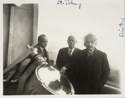 Stock Photo: 1060-2075 USA, California, Mount Wilson Observatory, Albert Einstein, Walter Mayer and Charles Edward St John outside at 150 foot tour telescope