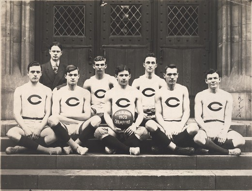 Stock Photo: 1060-2115 Edwin Powell Hubble (far left) with University of Chicago basketball team