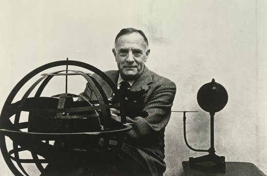 Edwin Powell Hubble holding his cat, Nicholas Copernicus : Stock Photo