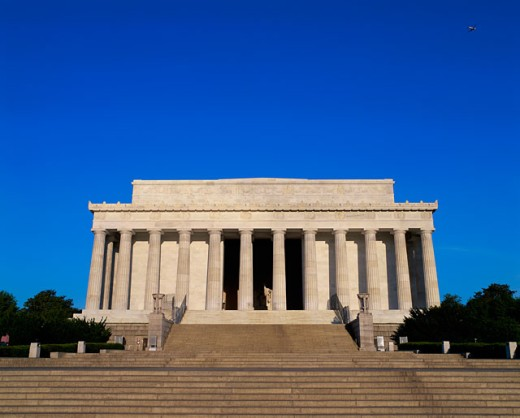 Stock Photo: 1096-2115A Facade of the Lincoln Memorial, Washington, D.C., USA