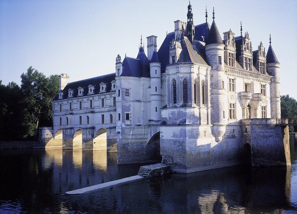 Stock Photo: 1119-1658 Castle surrounded by water, Chateau de Chenonceaux, Chenonceaux, France