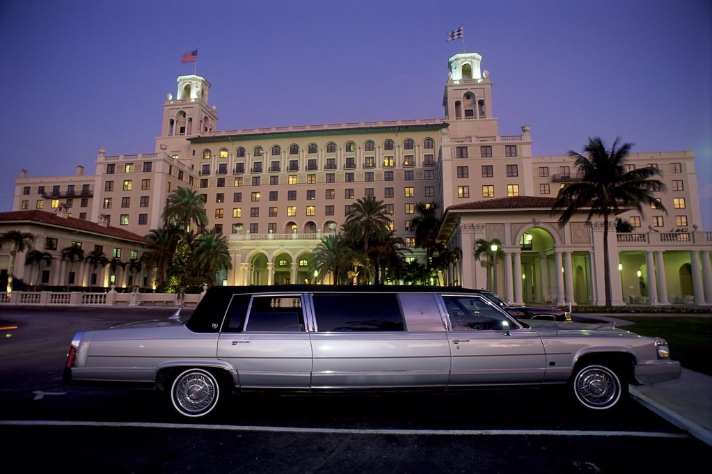 Stock Photo: 1119-248 A limousine driving past The Breakers hotel, Palm Beach, Florida, USA