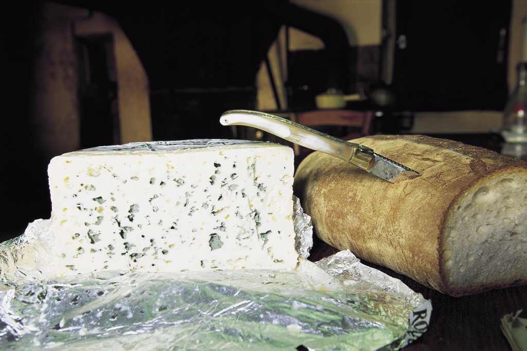 Stock Photo: 1119-535 Roquefort Cheese