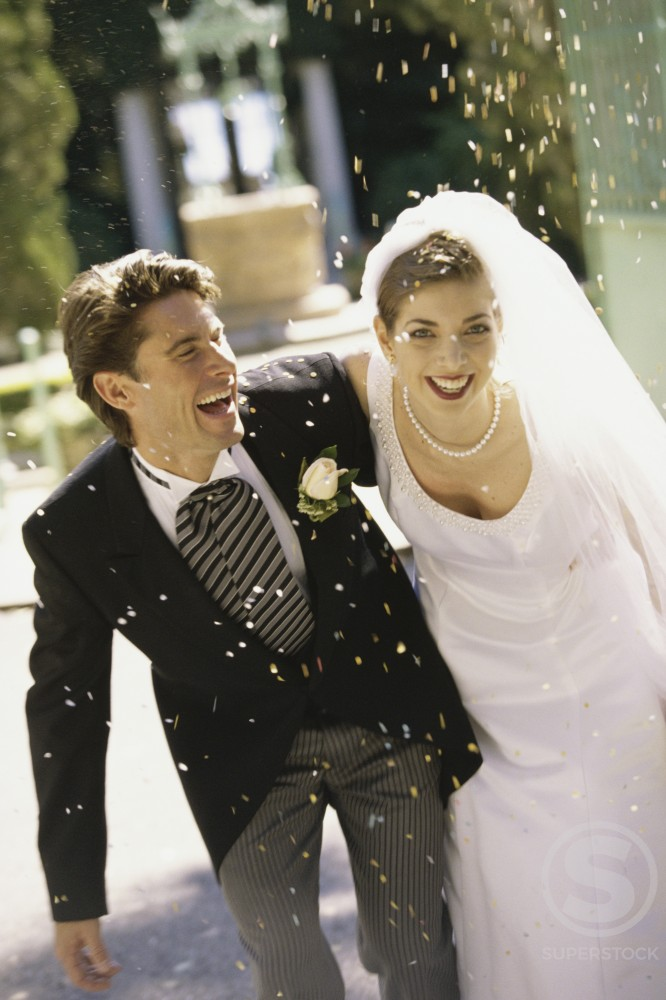 Stock Photo: 1166-1378C Portrait of a newlywed couple laughing