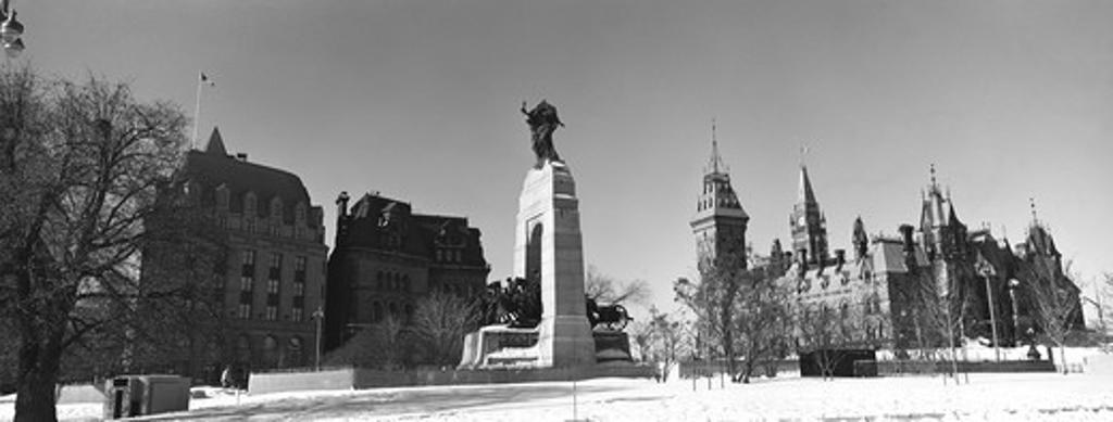 Stock Photo: 1241-935 Ottawa Ontario Canada