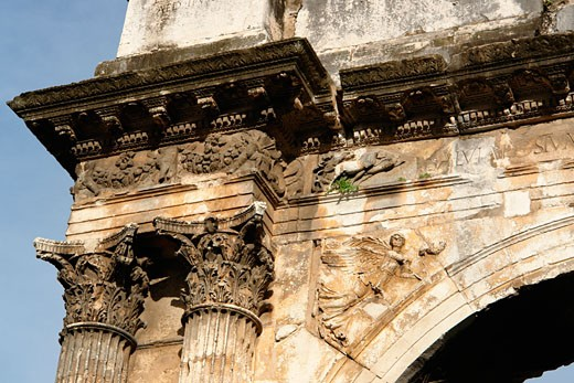Stock Photo: 1246-924 Architectural detail of a triumphal arch, Triumphal Arch of Sergius, Pula, Istria, Croatia