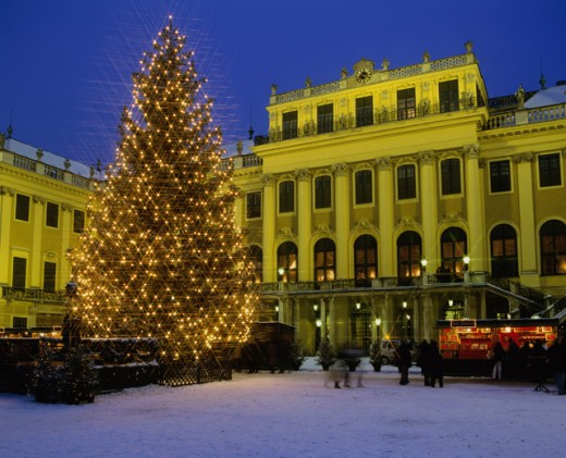 A Christmas tree in front of the Schonbrunn Palace, Vienna, Austria : Stock Photo