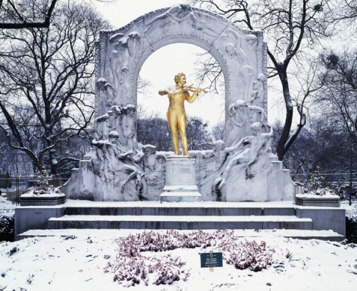 Stock Photo: 1269-1482 Johann Strauss Monument, Vienna, Austria