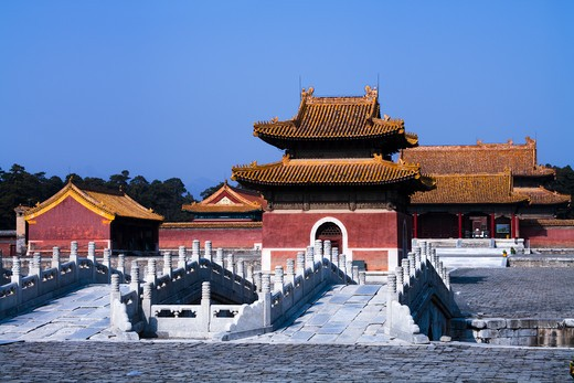 Stock Photo: 1269-3062 Footbridges in front of a mausoleum, Western Qing Tombs, Hebei Province, China