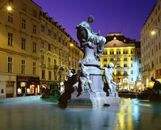 Stock Photo: 1269-775A Donnerbrunnen Fountain, Neuer Markt, Vienna, Austria