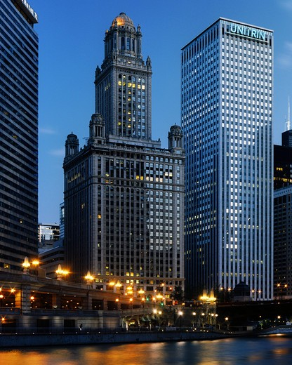 Skyscrapers in a city, Unitrin Building, 35 East Wacker, Willis Tower, Chicago River, Chicago, Illinois, USA : Stock Photo