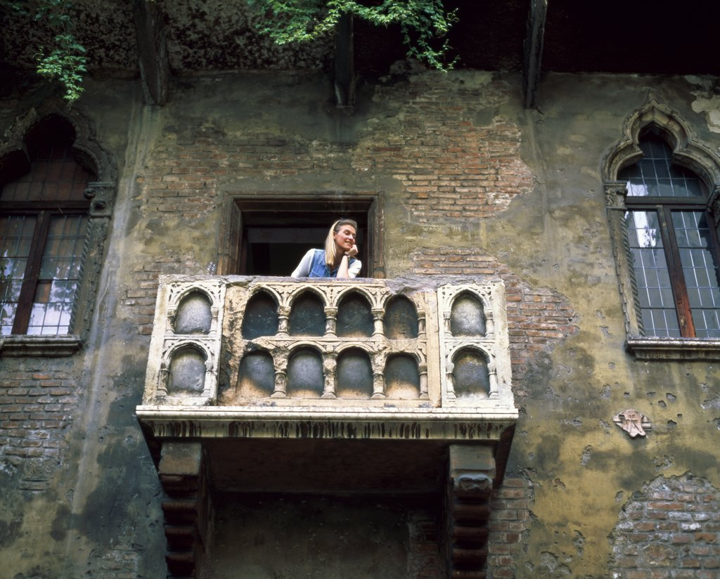 Stock Photo: 1288-1314 Juliet's Balcony