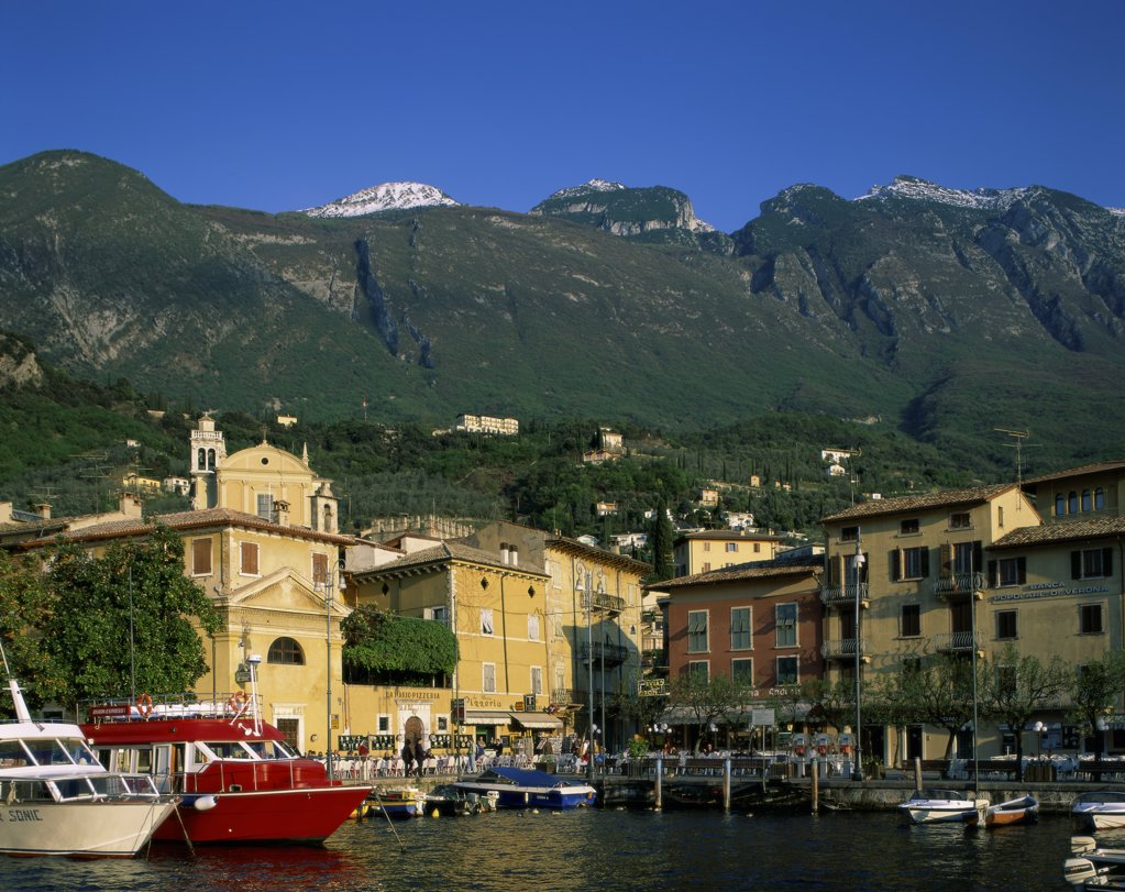 Stock Photo: 1288-1337 Malcesine