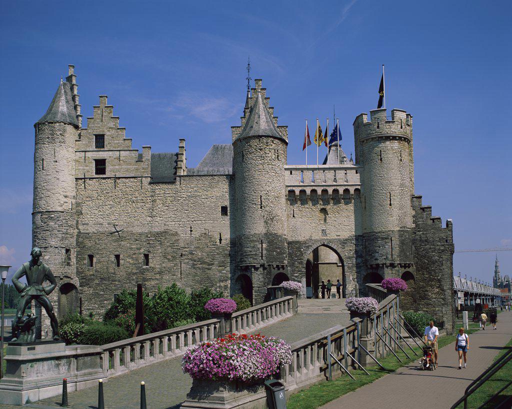 Stock Photo: 1288-1724 Tourists at a castle, National Maritime Museum, Steen Castle, Antwerp, Belgium