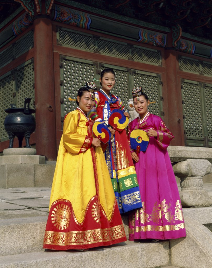 Stock Photo: 1288-404 Portrait of three young women dressed in traditional clothing, South Korea