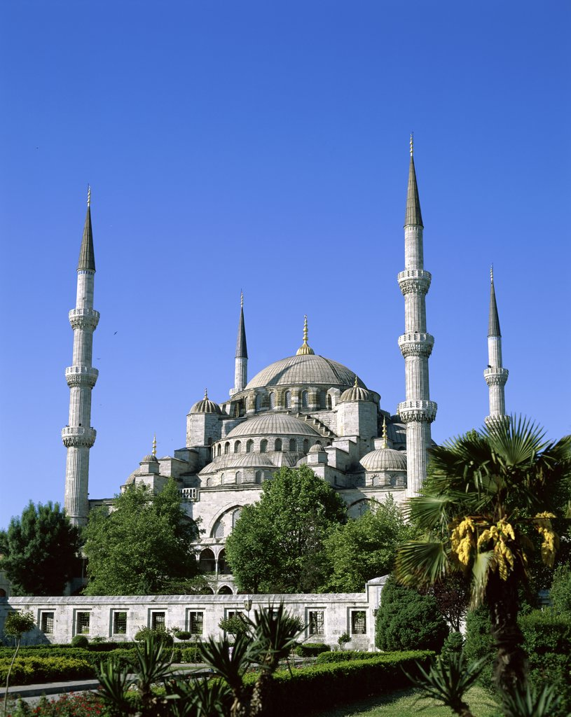 Stock Photo: 1288-503 Garden in front of a mosque, Blue Mosque, Istanbul, Turkey