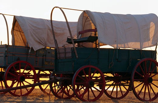 Stock Photo: 1308-103 USA, Kansas, Barber County, historic covered wagons