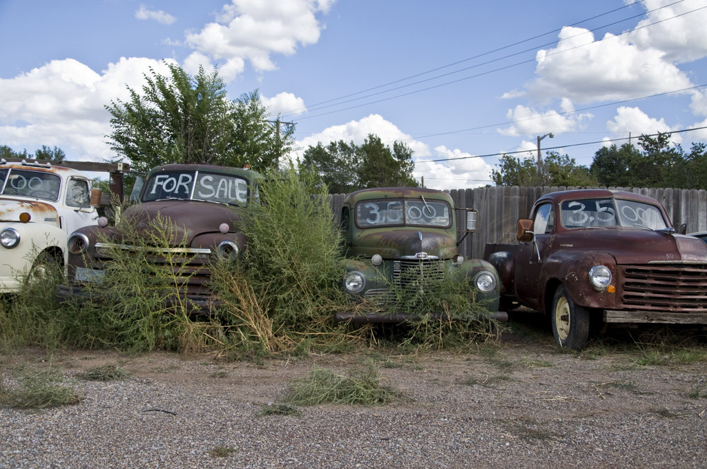 rusty cars for sale tijeras route 66 albuquerque new mexico usa stock photo 1311 2062. Black Bedroom Furniture Sets. Home Design Ideas