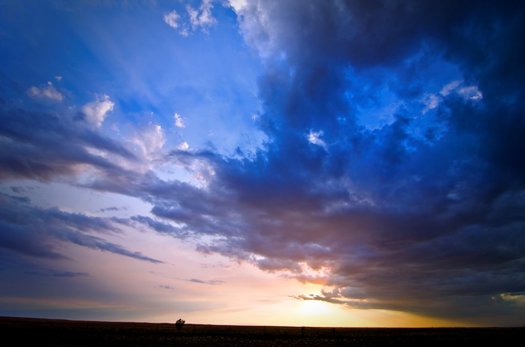 Stock Photo: 1311-2664 Cloudy sky at sunset, New Mexico, USA