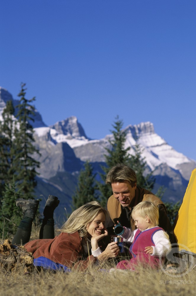 Stock Photo: 1315-102 People camping at Banff National Park, Alberta, Canada