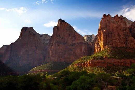 Stock Photo: 1317-1222 USA, Utah, Zion National Park,  Majestic peaks of towers of Three Patriarchs at sunset