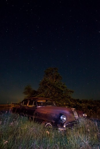 Stock Photo: 1317-1484 Abandoned old car in a field, Carneiro, Kansas, USA
