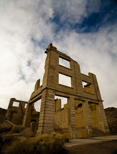 Stock Photo: 1317-444 Ruins of a bank, Rhyolite Ghost Town, Nevada, USA