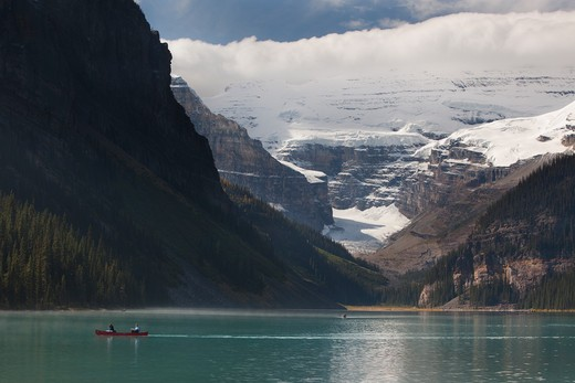 Lake in front of mountains, Lake Louise, Banff National Park, Alberta, Canada : Stock Photo