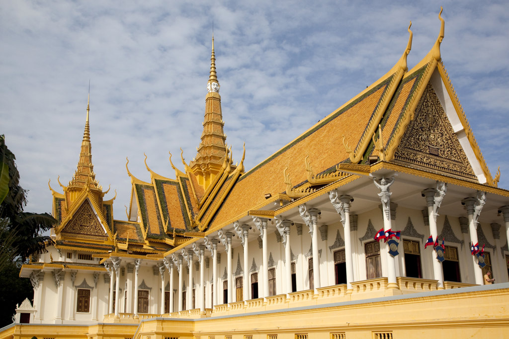 Stock Photo: 1323-1041 Low angle view of a palace, Royal Palace, Phnom Penh, Cambodia