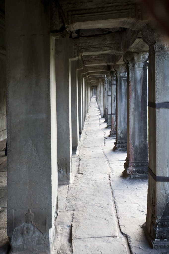 Stock Photo: 1323-1046 Colonnade in a temple, Angkor Thom, Siem Reap, Angkor, Cambodia