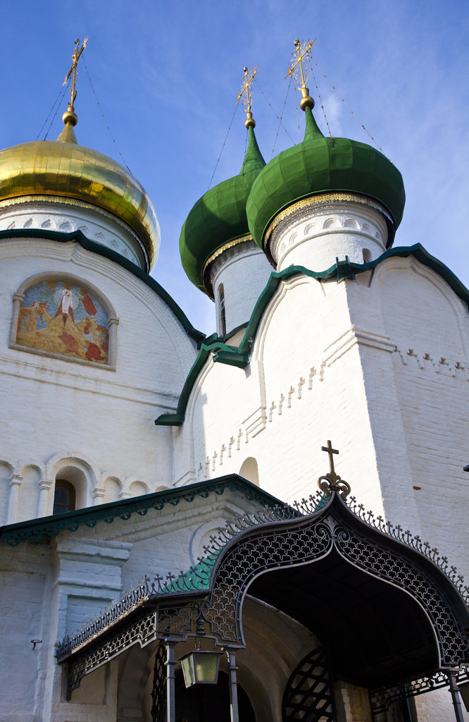 Stock Photo: 1323-1580 Low angle view of a church, Spaso-Preobrazhensky Church, Suzdal, Russia
