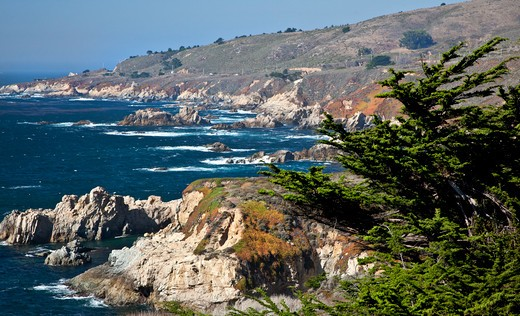 Stock Photo: 1323-1960 Rock formations on the coast, Big Sur, California, USA