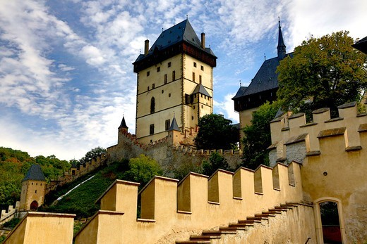 Stock Photo: 1323-2453 Czech Republic, Karlstein Castle