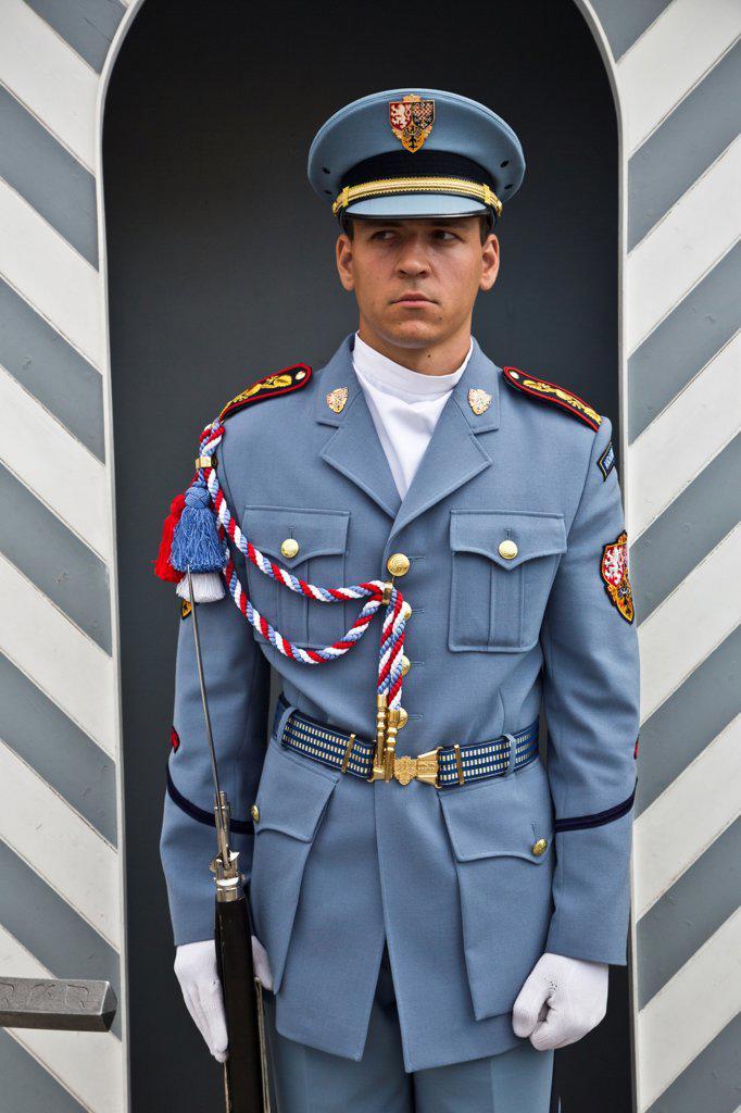 Czech Republic, Praque, Guard at entrance gate to Praque Castle : Stock Photo