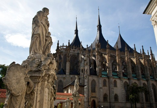 Czech Republic, Kutna Hora, Baroque Statues in front of St. Barbara's Cathedral : Stock Photo