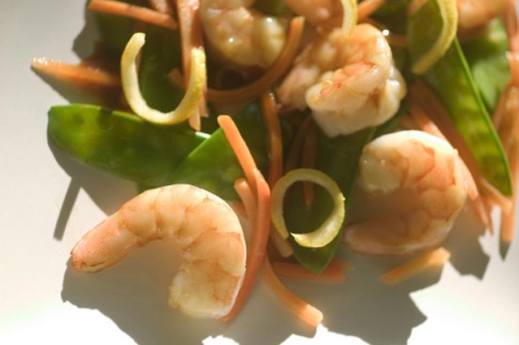 Close-up of stir fry shrimp : Stock Photo