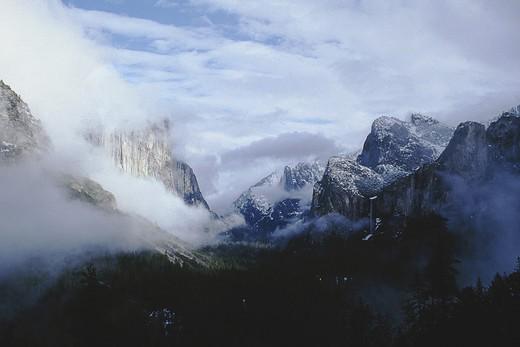 Stock Photo: 1336-104 Inspiration Point Yosemite National Park California USA