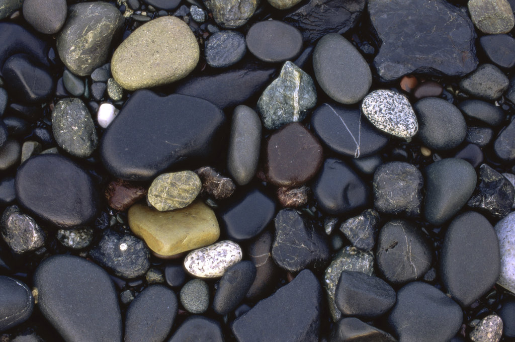 Close-up of rounded pebbles : Stock Photo
